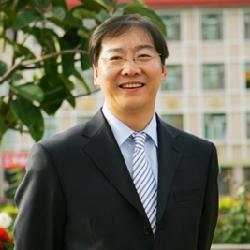 中国政法大学教授 焦洪昌  依宪治国当然要求宪法得到良好实施,加强宪法实施的重要性不言而喻。国内外的历史和实践表明,加强宪法实施需要全面有效的宪法保障制度,其中尤以宪法监督制度最为紧要。