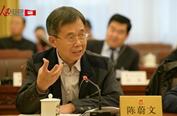 陈蔚文:建议禁止使用泡沫饭盒、塑料袋