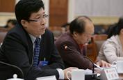 王景海:政府应指导农民无污染处理秸秆